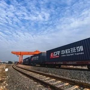 珲春-俄罗斯直达铁路通车,缩短鲜活海产运输时间